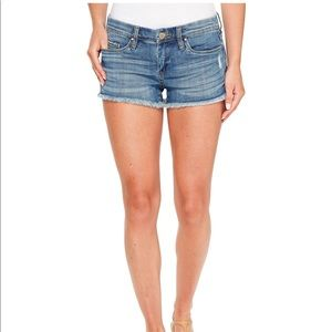 NWOT Blank NYC Little Queenie Cut off Shorts
